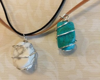 Handmade Turquoise/White Howlite Necklace With Silver Plated Wire