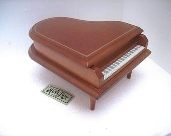 Vintage LEFTON Wood Piano Shaped MUSIC BOX - Play Nicely and in Good Condition!
