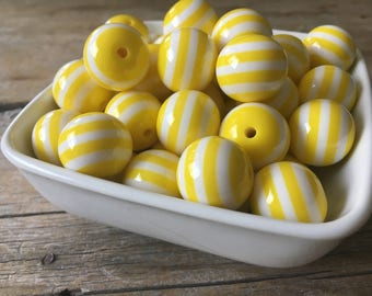 20mm Yellow and White Stripe Chunky Bead, Bubblegum Bead, Acrylic Bead, DIY Chunky Necklace, 10 Count