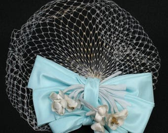 Vtg Womens Hat Whimsy Netting Veil Off White Robins Egg Blue Mesh Bow Flowers