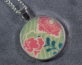Green Floral Necklace