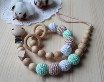 FREE SHIPPING Set Pacifier Clip and teether Crochet beaded Pacifier holder