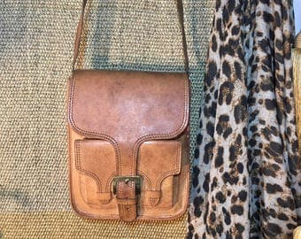 Vintage 1970's Tan Brown Leather Small Size Shouder Bag