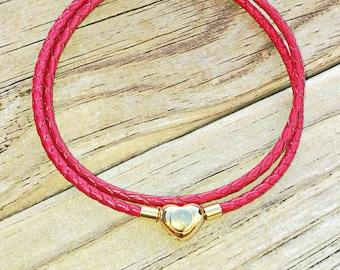 Pandora-style leather wrap charm bracelet. Double wrap braided leather. Clip clasp. Fits Pandora, Thomas sabo and European charms.