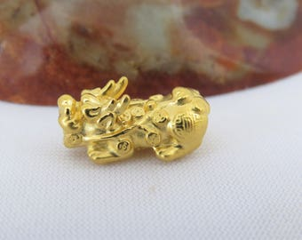 Vintage 24K 9999 Solid Yellow Gold Bead 3D Luck, Wealth Pixiu Charm Pendant