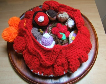 basket of Red Riding Hood, 9 pastries wool