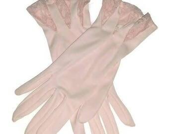 Vintage Pastel Pink Gloves Lace Cuffs Rockabilly 50s 60s Wedding Bridal Gloves Bride Bridesmaid Prom Formal Size 6-7 S-Med Portugal NOS Gift
