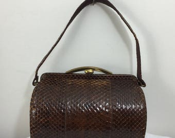Vintage Snake Skin Purse / Barrel Shaped Purse / 1940s  Vintage Leather Purse / Brown Barrel Snakeskin Purse / Snap Closure /  Coin Purse