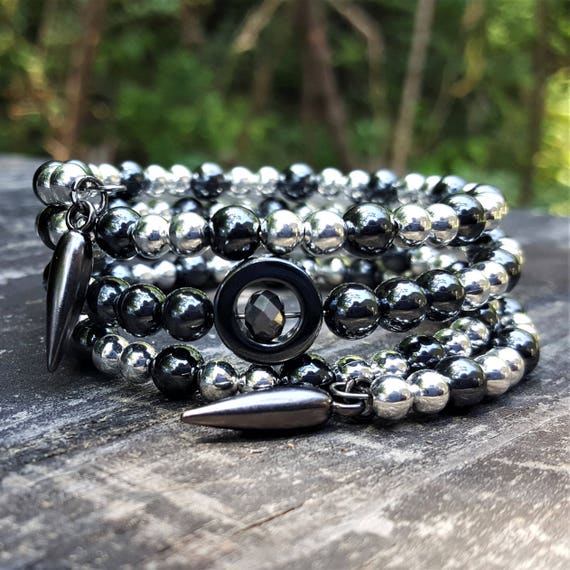 Broken Circle Memory Wrap Bracelet (4 loops)