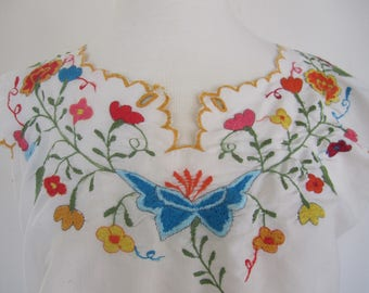 Womens Mexican Embroidered Peasant Top