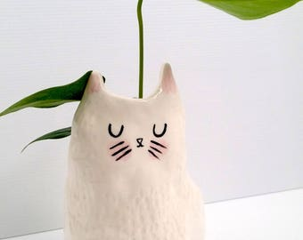 New Ceramic Cat Planter / indoor planter / succulent planter / Ships 10th July 2017