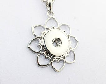 Flower leaf necklace heart shape to snap
