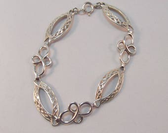 Celtic Design Sterling Silver Bracelet Hallmarked 1948