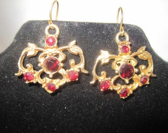 Vintage Gold Tone Red Stone Earrings