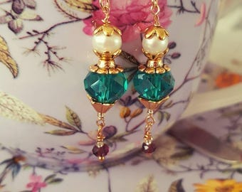 Victorian era style earrings in gold