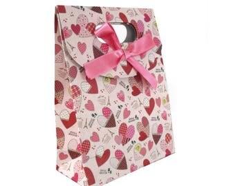 Pink small 16 cm cardstock and satin ribbon gift bag