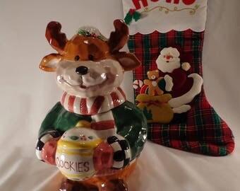 COOKIE JAR ~  Reindeer holding the Cookie Jar, Neck Scarf