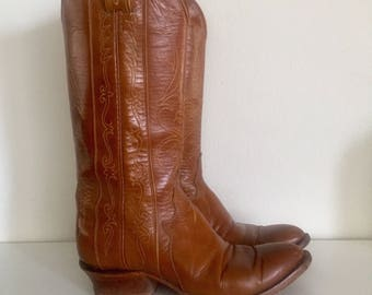 70s Leather Western Boots Mid Calf Low Wood Heel Size 8 M 38 39 by Tony Lama