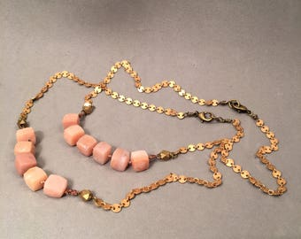 Semiprecious faceted bead/chain Necklace