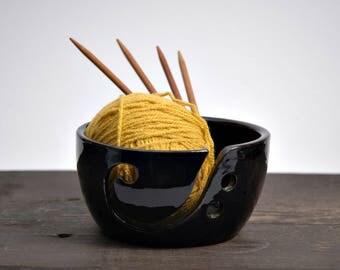 Ceramic Knitting Bowl ,BLACK Yarn Bowl, Yarn bowl with lid, funny yarn bowl
