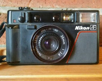 Nikon AF L35 35mm Point and Shoot Camera