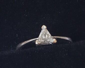 Triangular Shape Diamond 18ct Gold Single Stone Ring