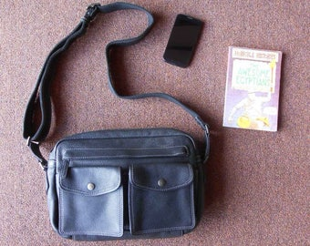 Vintage Leather Black Messenger Bag , Crossbody Bag / Medium / Soft Leather