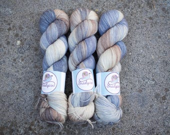 Ultimate Sock - Hand dyed Yarn - 75/25 Merino SW/Nylon - Fingering Weight 4ply - 100 grams - 425m/465yards - Misty Mountain