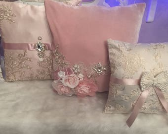 Dusty rose pillows set , french style !