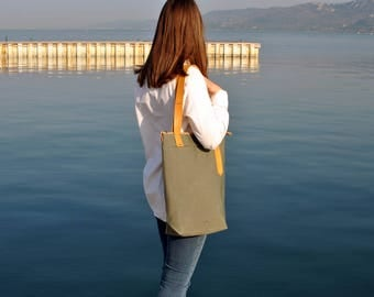 Khaki tote bag, city tote, waterproof canvas bag leather straps, canvas leather tote carry all, zipper tote bag
