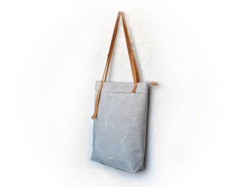 Daybag, waterproof tote bag, simple crossbody bag, concealed carry bag, hipster tote bag, urban tote, canvas carryall, every day carry