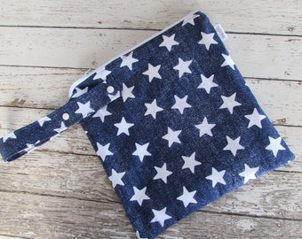 Reusable Wet Bag in Star Struck with Adjustable Snap Handle