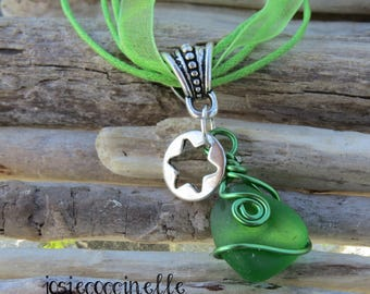 Star charm and green glass pendant necklace by JosieCoccinelle