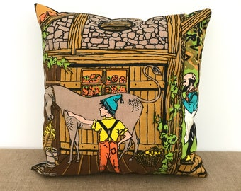VINTAGE DECORATIVE PILLOW / Textile / Home decor / Printed fabric / 60s / 70s / Children room / Fairy tale pillow