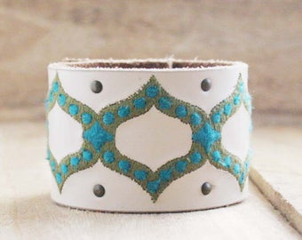 CUSTOM HANDSTAMPED white leather cuff with stitching by mothercuffer