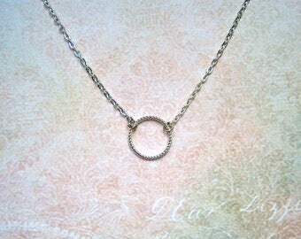 Subtle chain with ring silver