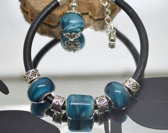 Teal Lampwork Glass Beads Bracelet on leather Black 4 mm petrol blue