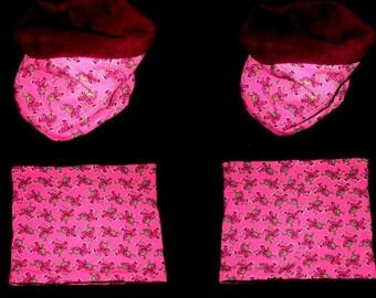 Kids fleece pink/Burgundy reversible snood size single 3 / 6 years