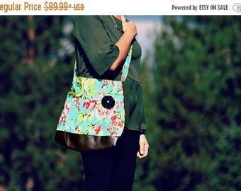 CHRISTMAS SALE Conceal Carry Purse, Medium Messenger Bag, Floral, Conceal Carry Handbag, Concealed Carry Purse, Conceal and Carry, Aqua flor