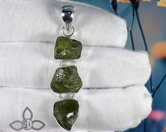 Peridot Rough Pendant, Rough Pendant, Peridot Pendant, 925 Silver Pendant, Black Friday Sale, Mother Days Sale, GIft for Mother, Pendant