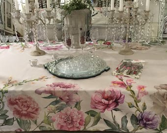 Tablecloth Flowers Shabbychic