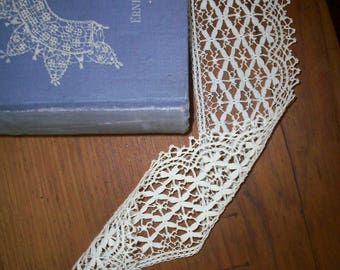 hand done lace antique lace  yardage