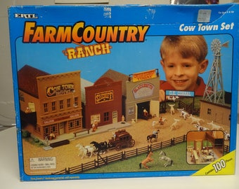Vintage ERTL Farm Country Ranch Cow Town Set New In Box - Free Shipping