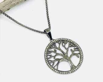 Pave Diamond tree of life pendant, necklaces charm set in sterling silver (92.5). genuine authentic diamonds. 30mm round disk.