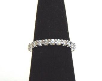 Women's 14K White Gold Diamond Eternity Ring 2.1g E3515