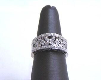 Womens Vintage Estate 10k White Gold Ring w/ Diamonds 5.4g E1265