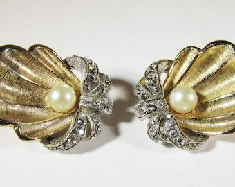 Vintage - Collectible - Seashell Earrings - Jewelry - Gold - Silver - Rhinestones - Pearls - Earrings - Elegant - Realistic - Women - Gift