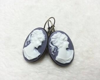 Boucles d'oreilles ovales Grands Camées violettes