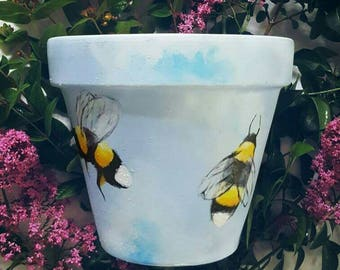 Large hand painted bumble bee terracotta plant pot // individual planter // garden decor // gardening gift present