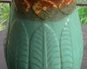 """Unmarked Arts Crafts Art Nouveau Pedestal 14"""""""